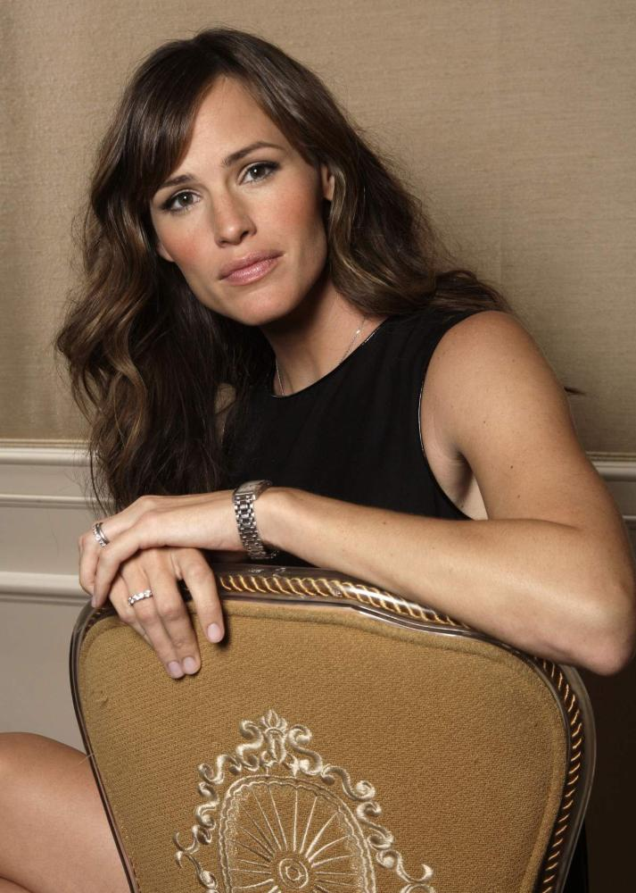 http://famefashionandfun.files.wordpress.com/2008/11/jennifer-garner2.jpg
