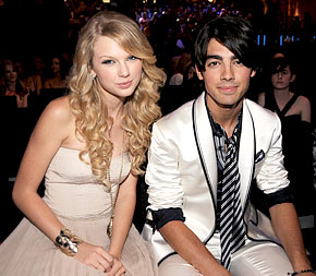 Taylor Swift and Joe Jonas during happier times